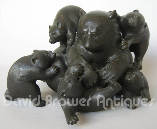 Japanese bronze group of bears